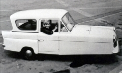 Bond Minicar 250 G Saloon (1961 – 1966)