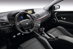 renault-megane-estate-gt-220-06 71245