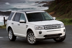 land-rover-freelander-ii-black-white-6 72462