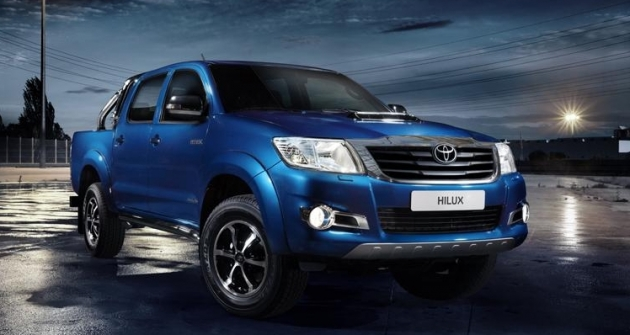 toyota-hilux-invincible-3 79634