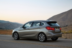 bmw-2-active-tourer-2 84121