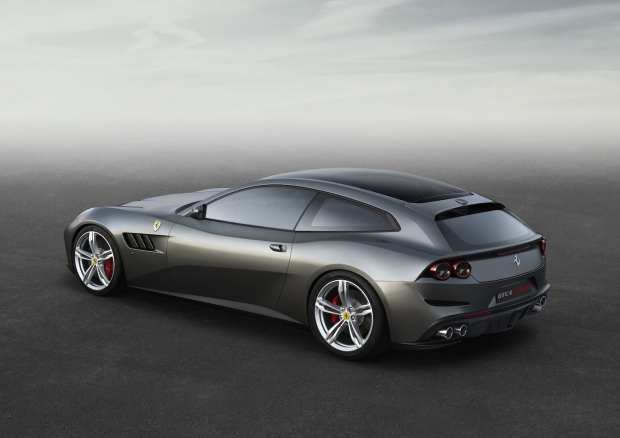 160068-car-ferrari-gtc4lusso-side-r-high-lr 106247