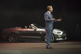 fordmustang-reveal-09 93103