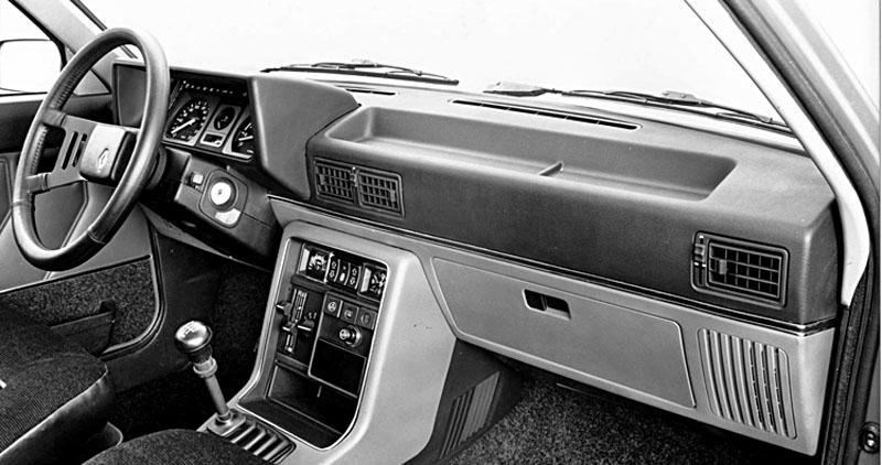 Renault 9 1981 2000 Decentn A Spn Automobil Revue