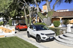 170607-jeep-compass-couple-03 119400